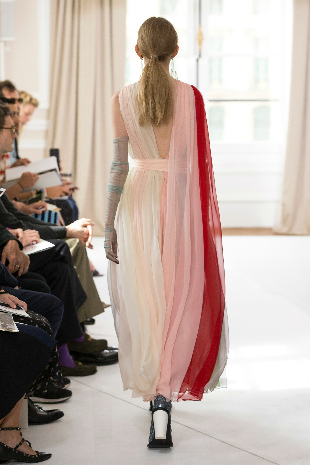 Schiaparelli Fall 2017 Couture Runway I Dreaminlace Com