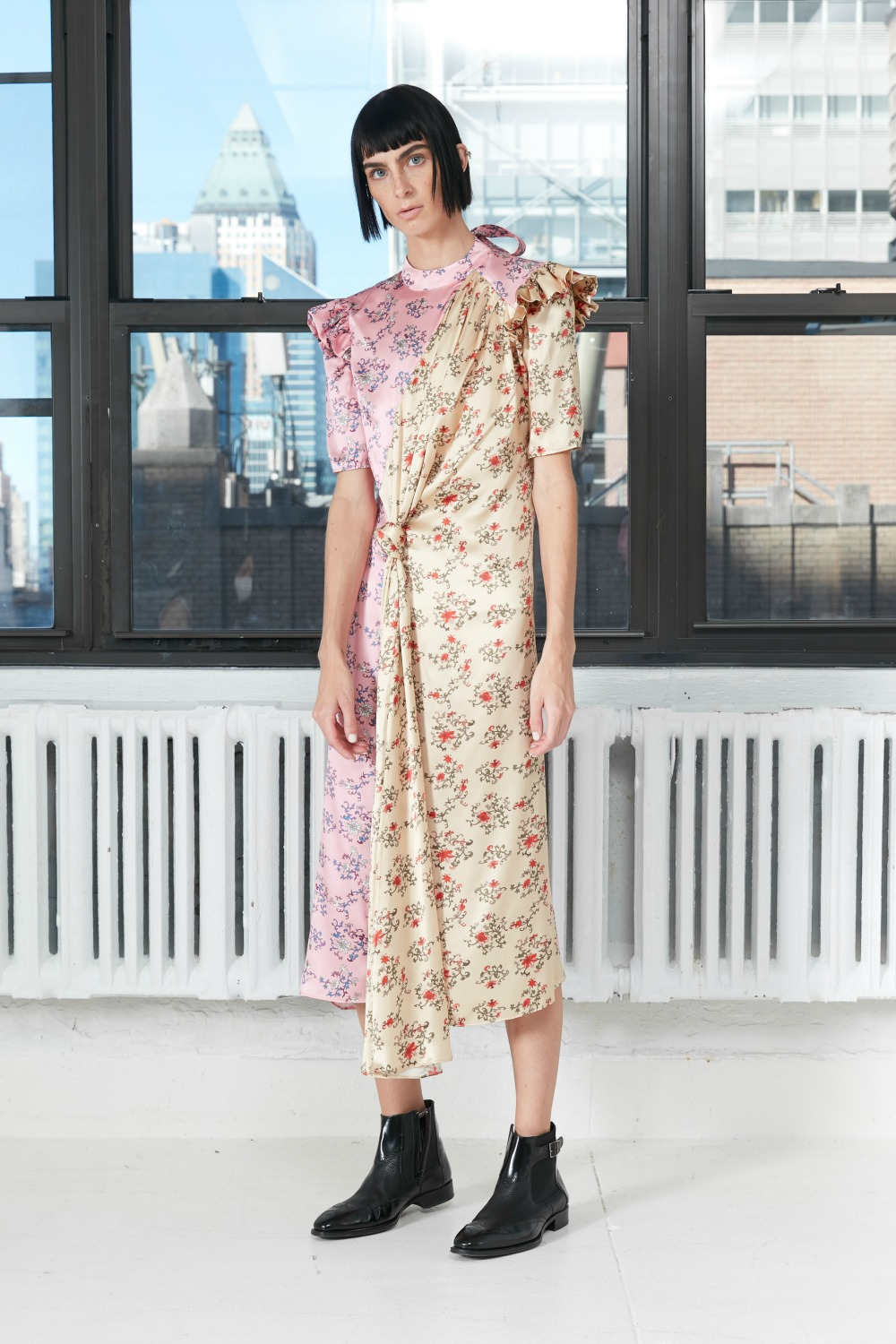 snow-xue-gao-spring-2021-collection-virtual-fashion-week-blog-dreaminlace-look-19