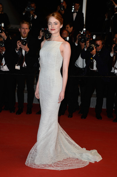 emma-stone-dior-cannes-2015-red-carpet