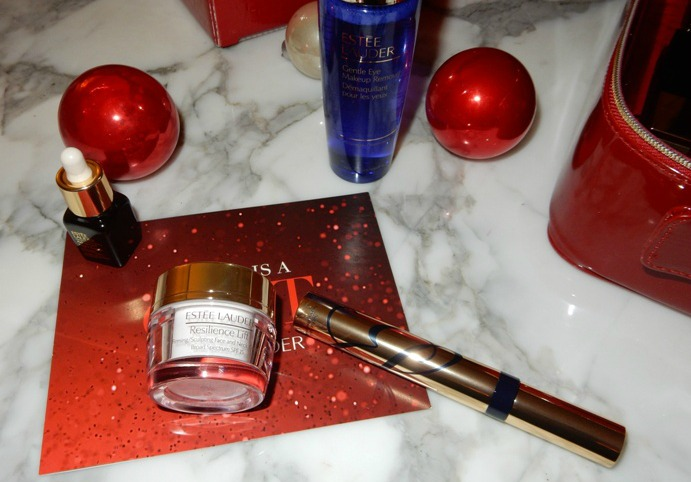 Beauty estee lauder holiday blockbuster gift dream