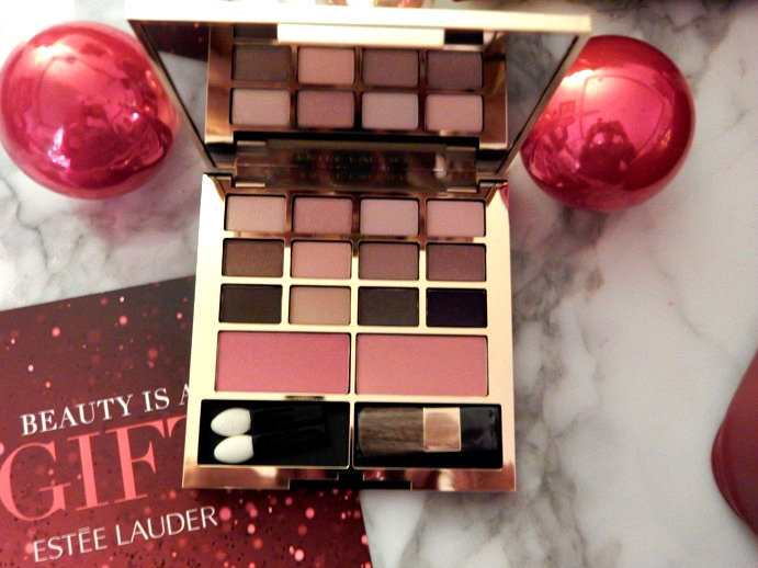 Estee Lauder Holiday 2015 Blockbuster Gift Set - Dream in Lace