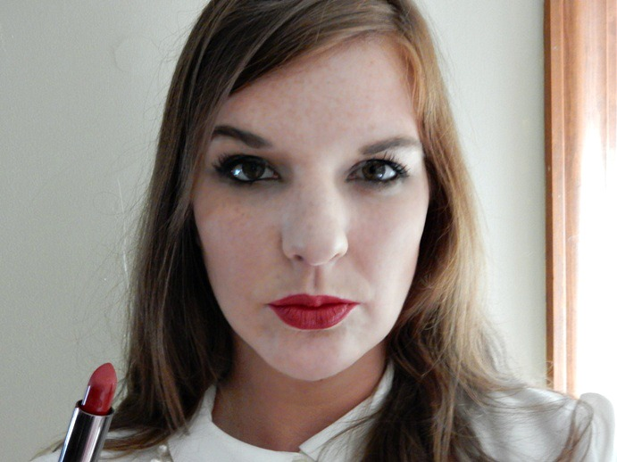 Urban Decay's red 'Bad Blood' Vice Lipstick - Dream in Lace