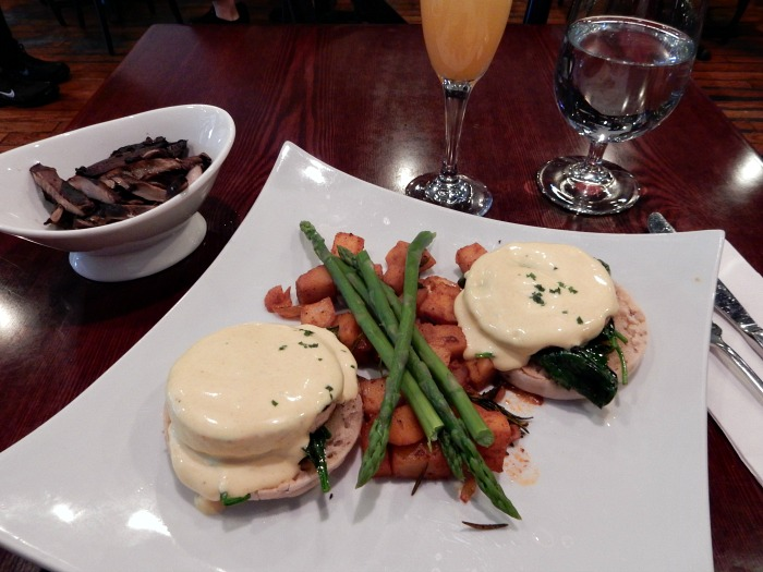 Blossom Restaurant Vegan Egg Benedict in Chelsea - NYC Food Diary