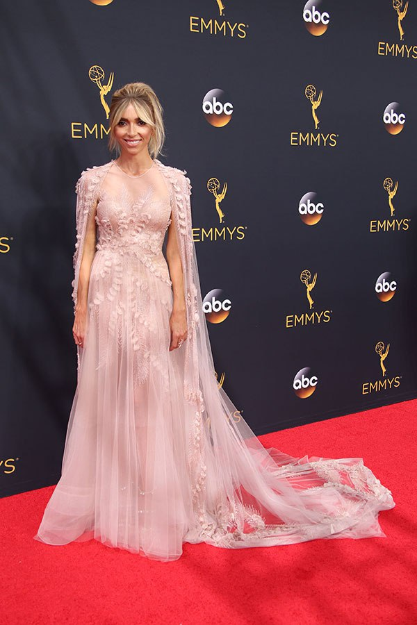 Guliana Rancic in Georges Chakra on the 2016 Emmy Awards Red Carpet - Dream in Lace