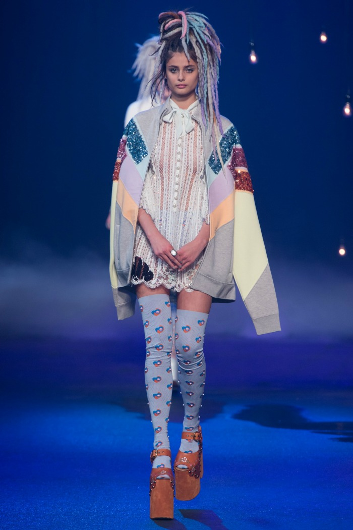 Marc Jacobs Thigh-High Socks at SS17 Runway - Dream in Lace