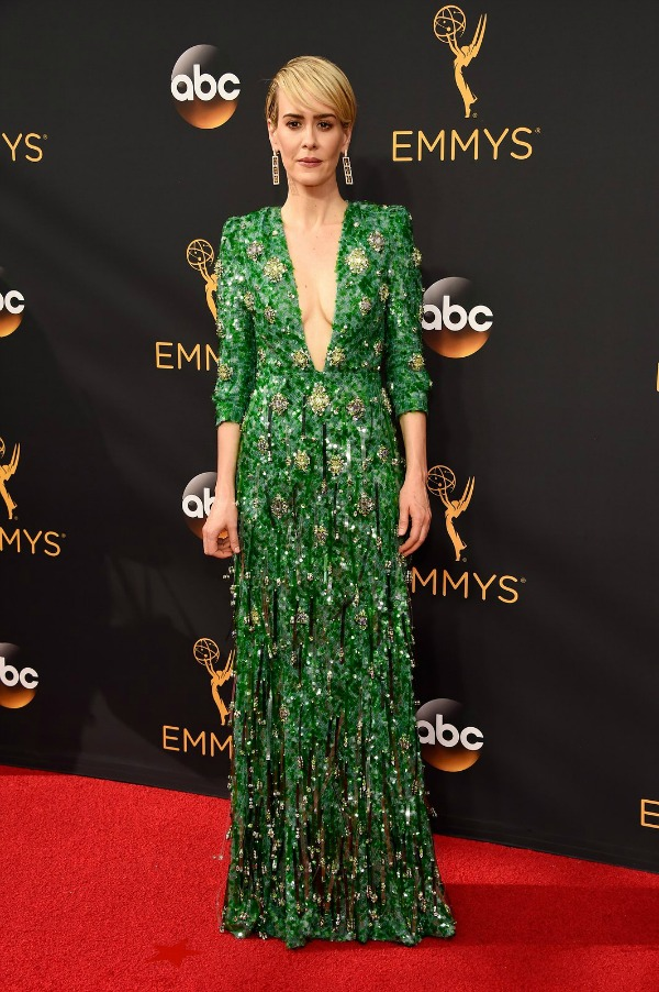 Sarah Paulson in Prada on the 2016 Emmys Red Carpet - Dream in Lace