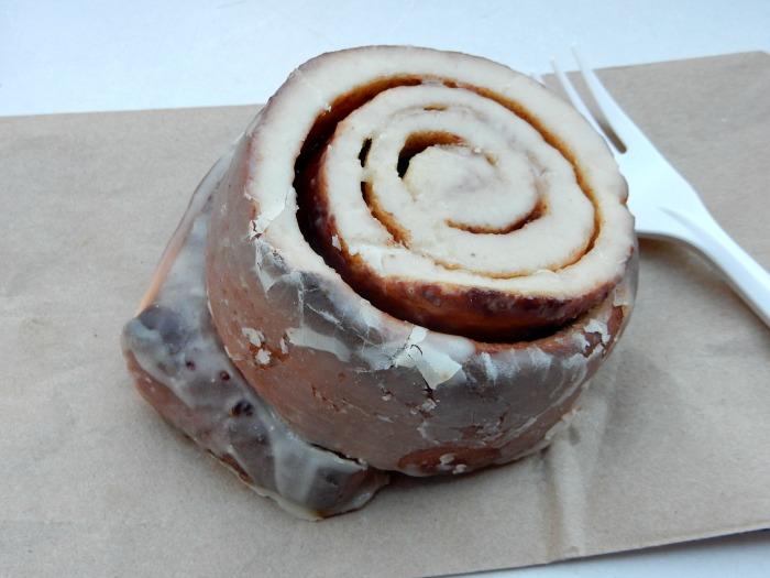 The Cinnamon Swirl Vegan Cinnamon Roll - NYC Food Diary