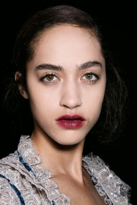 Fall 2016 Beauty Trends: Unruly Brows at Erdem
