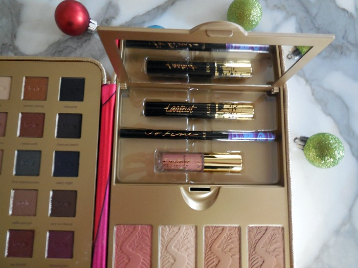 Tarte Pretty Paintbox Holiday 2016 Makeup Case - Dream in Lace