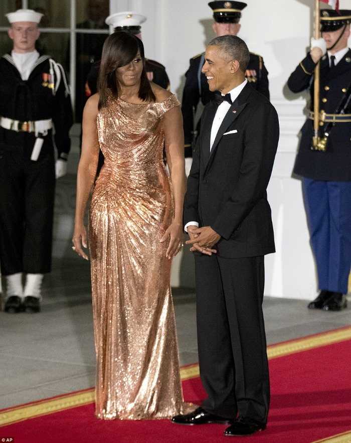 Best 2016 Red Carpet Fashion: Michelle Obama in Atelier Versace