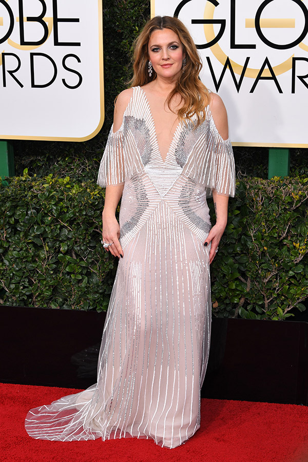 Drew Barrymore in Monique Lhuillier on the 2017 Golden Globes Red Carpet