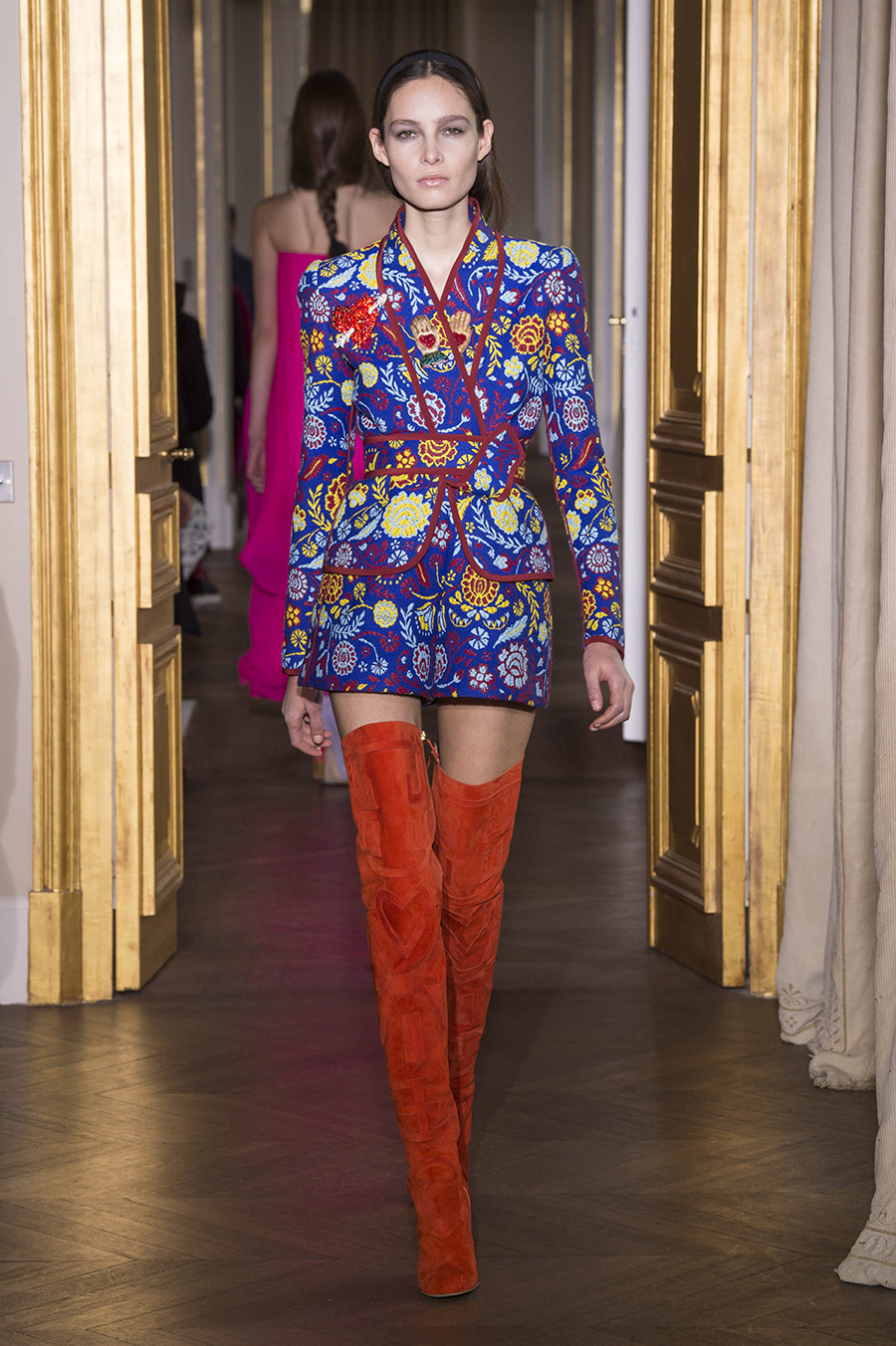 Schiaparelli Couture - Spring 2017 Runway