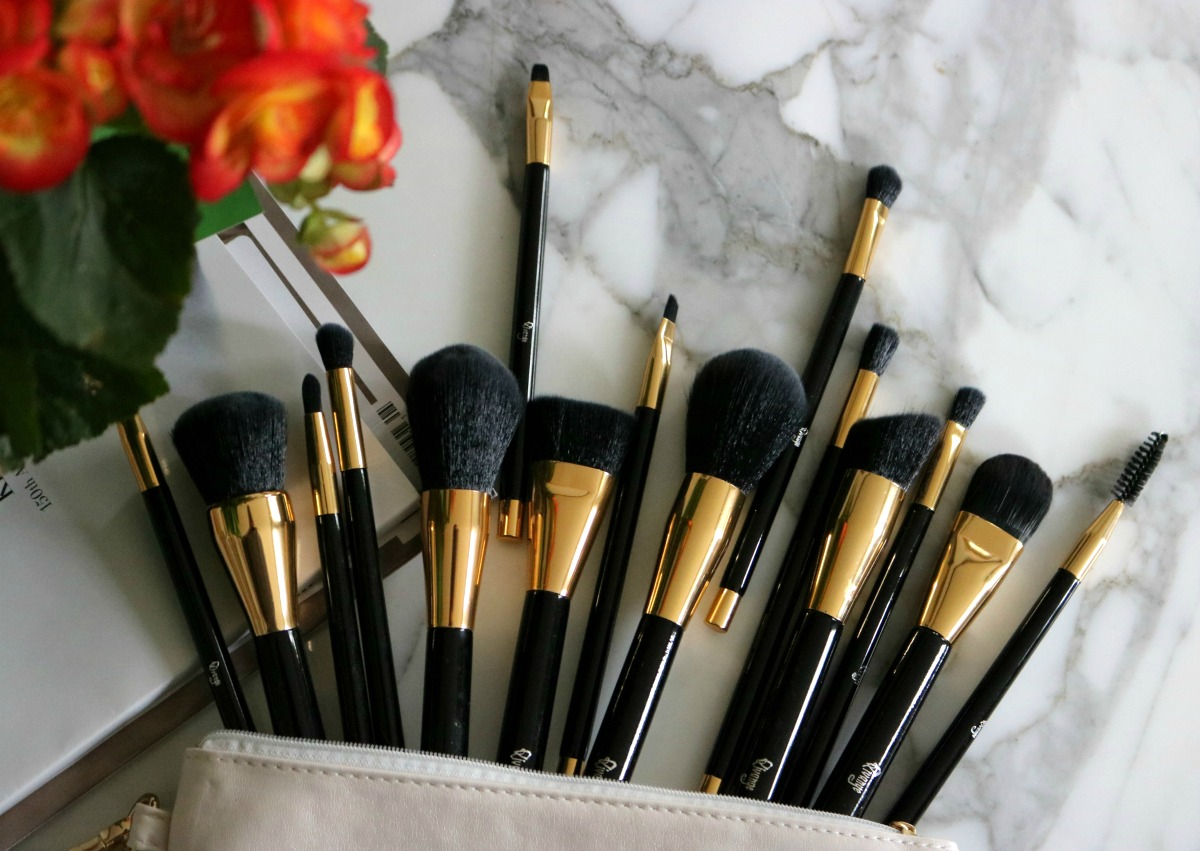 Exciting Beauty Find? Qivange Makeup Brushes