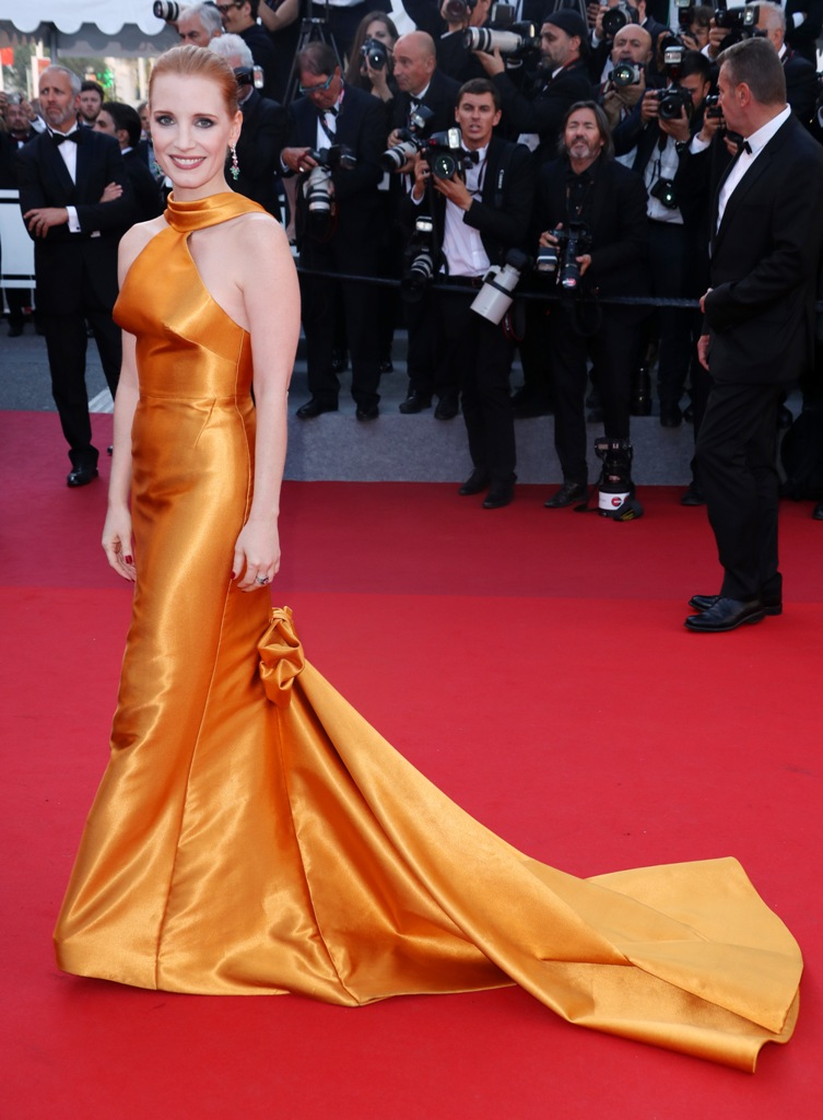 20 Best Cannes 2017 Red Carpet Looks - Jessica Chastain in Armani Prive