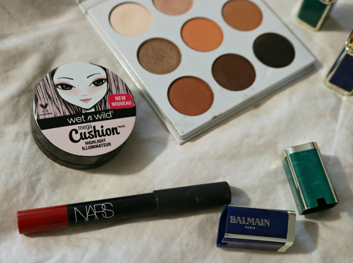 Overrated Makeup Products I NARS Cruella Lip Pencil and Wet n Wild Cushion Highlighter