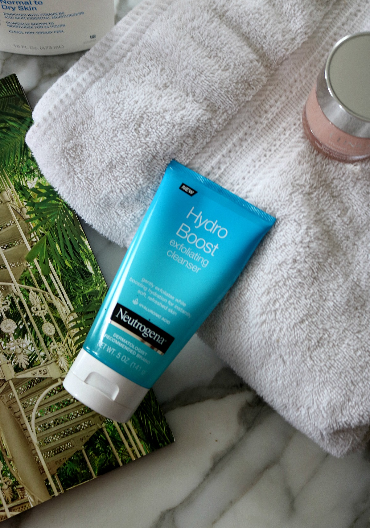 Can You Really Cleanse, Exfoliate and Moisturize at Once with Neutrogena?