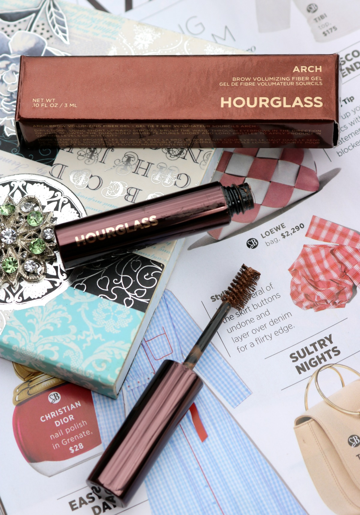 Hourglass Arch Brow Gel Review I Voluminizing Fiber Eyebrow Gel #CrueltyFree #Eyebrows