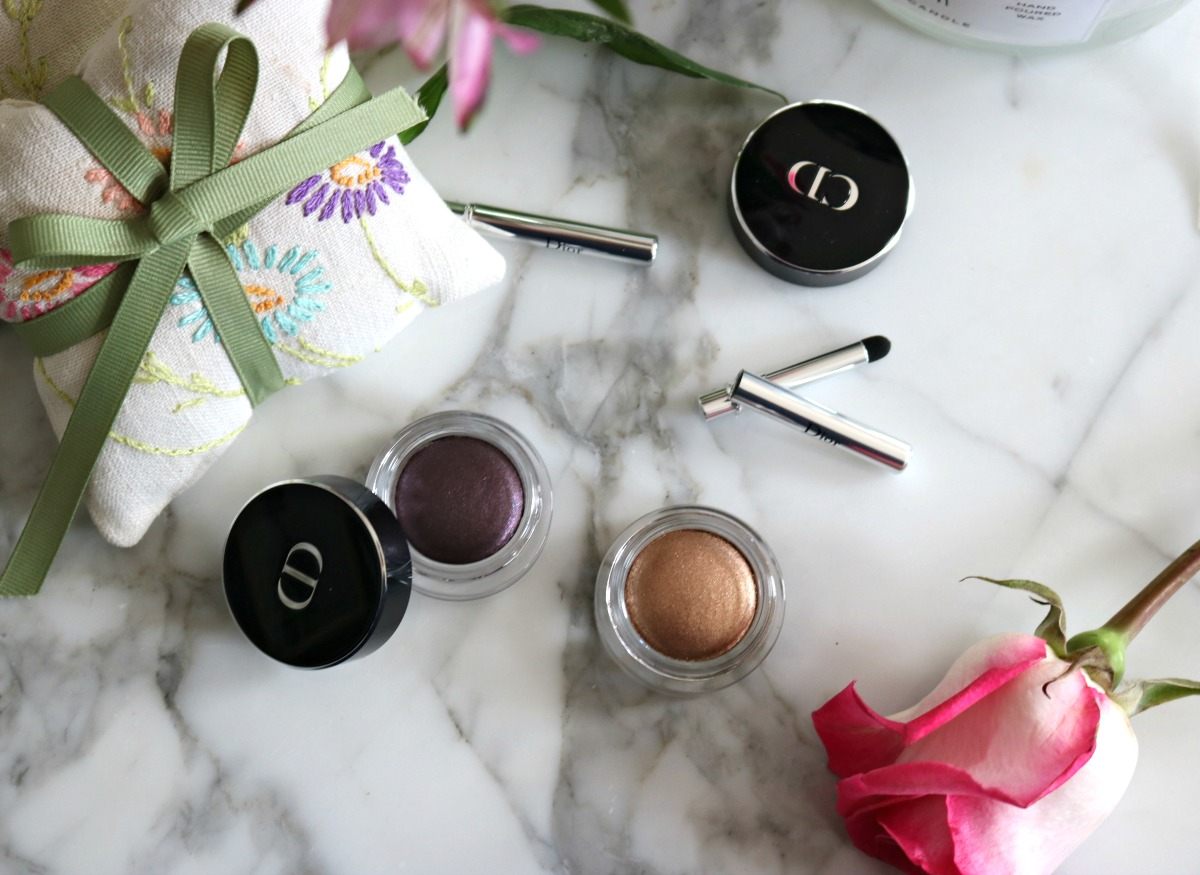 Dior Fusion Mono Eyeshadow Review I DreaminLace.com #Dior #Makeup