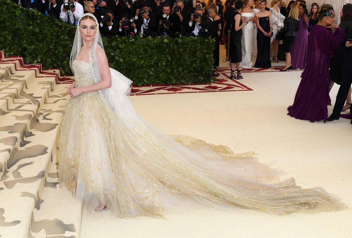 2018 Met Gala Red Carpet I Kate Bosworth in Oscar de la Renta #MetGala #KateBosworth