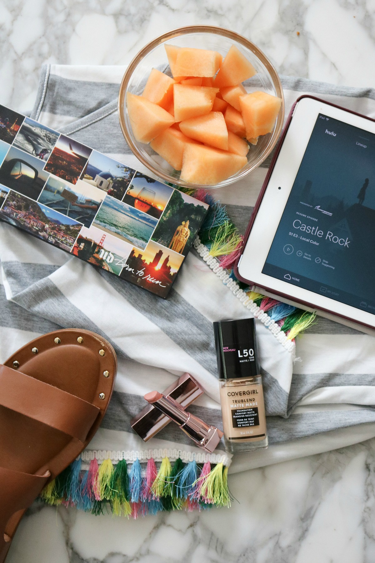 2018 Summer Favorites I From style items to makeup and television, this is everything I'm loving lately! #August #Makeup #SummerFavorites