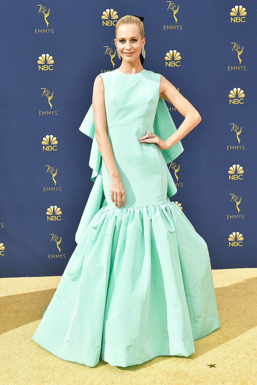 2018 Best Dressed Emmys I Poppy Delevingne in Giambattista Valli #BestDressed #Emmys #RedCarpet #Fashionista
