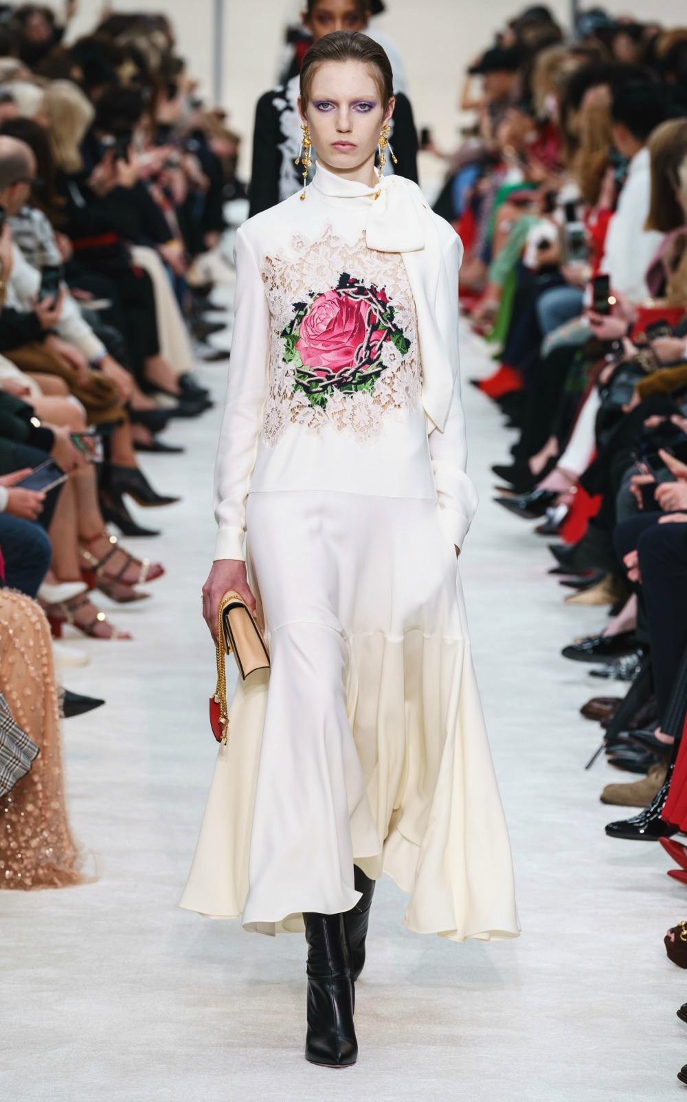 Best Paris Fashion Week Looks -Valentino Fall 2019 Runway Collection #PFW #FashionWeek