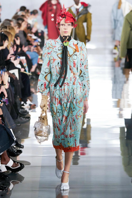 PFW Fa;ll 2020 Schedule I Dreaminlace.com #FashionWeek #WomensFashion #LuxuryFashion