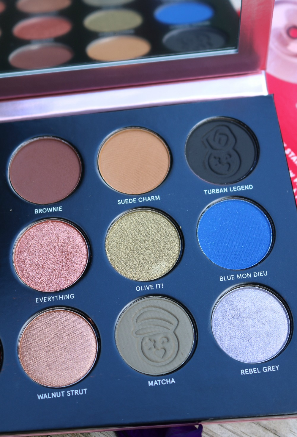 Patrick Starrr Visionary Eyeshadow Palette Review and Swatches I DreaminLace.com #MakeupBlog #CrueltyFree