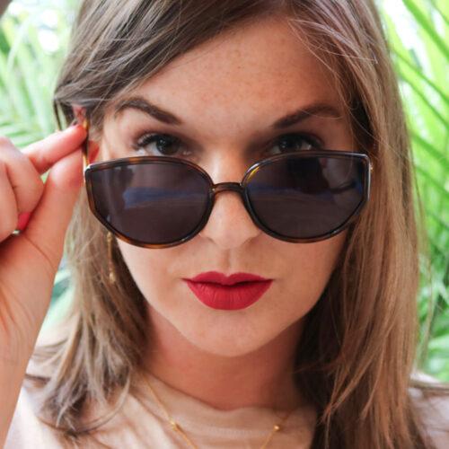 Lipslut Notorious RBG Lipstick Review I DreaminLace.com #Lipstick #MakeupBlog