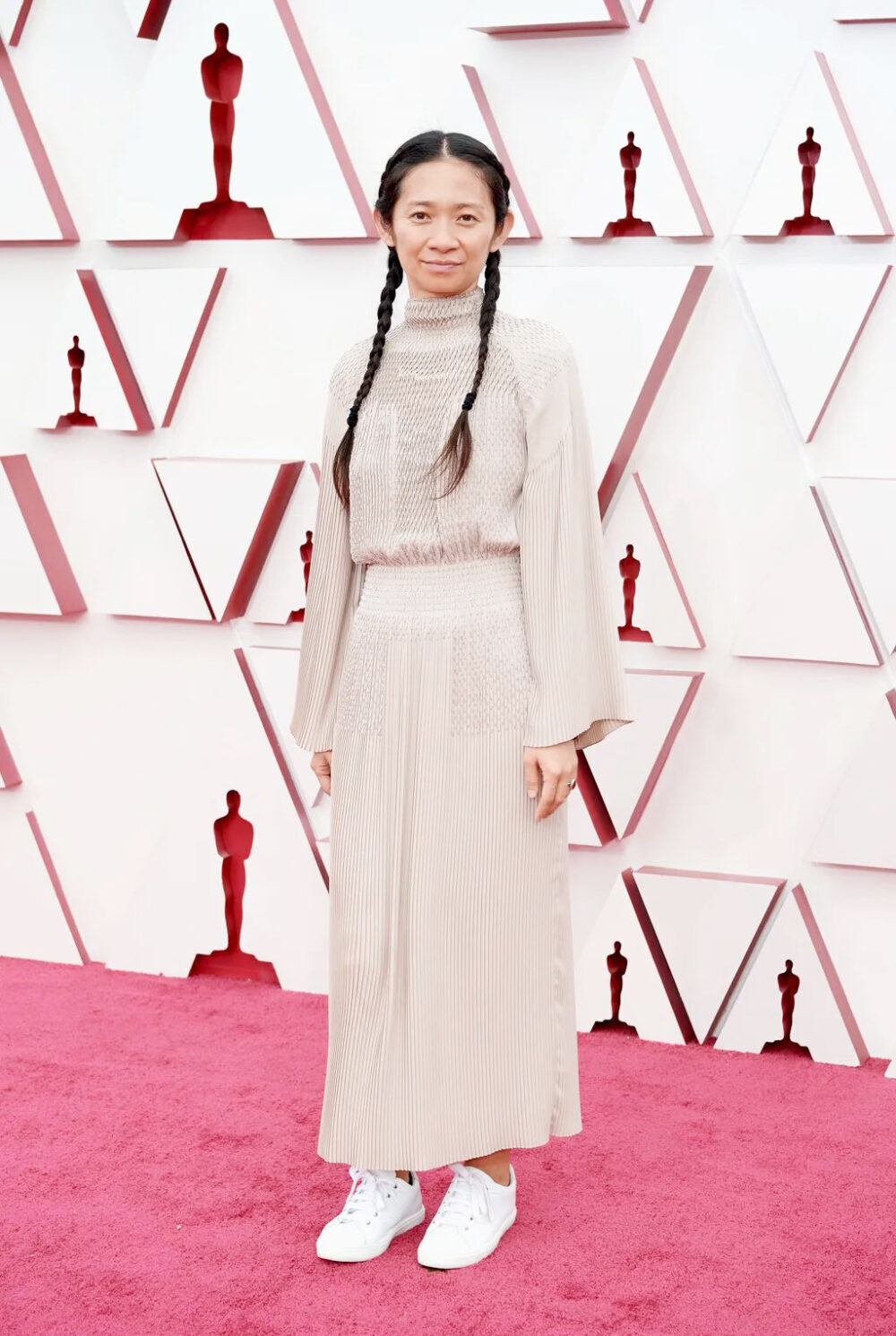 2021 Oscars Fashion I Best Director Chloe Zhao in Hermes FW21 #fashionstyle #stylish