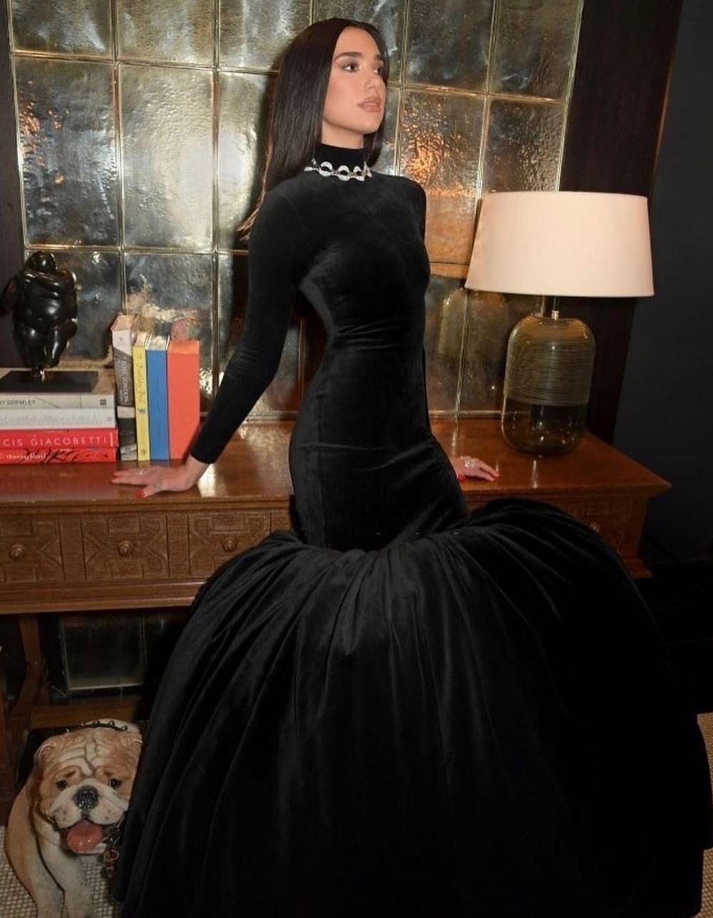 2021 Oscars Fashion I Dua Lipa wears custom Balenciaga for Elton John AIDS Foundation performance #fashionstyle #stylish