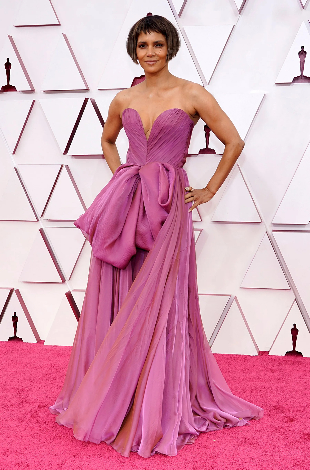 2021 Oscars Fashion I Halle Berry in Dolce and Gabbana
