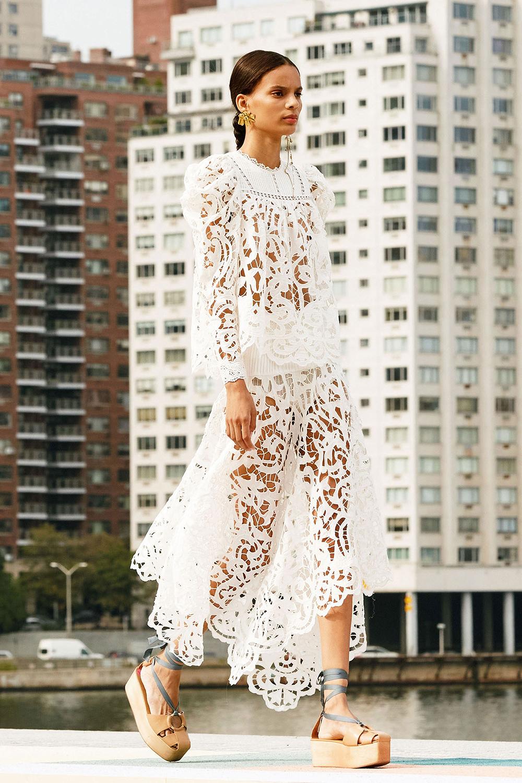 Best Spring 2021 Sandals I Ulla Johnson Runway at New York Fashion Week #springstyle #fashionstyle #fashionista