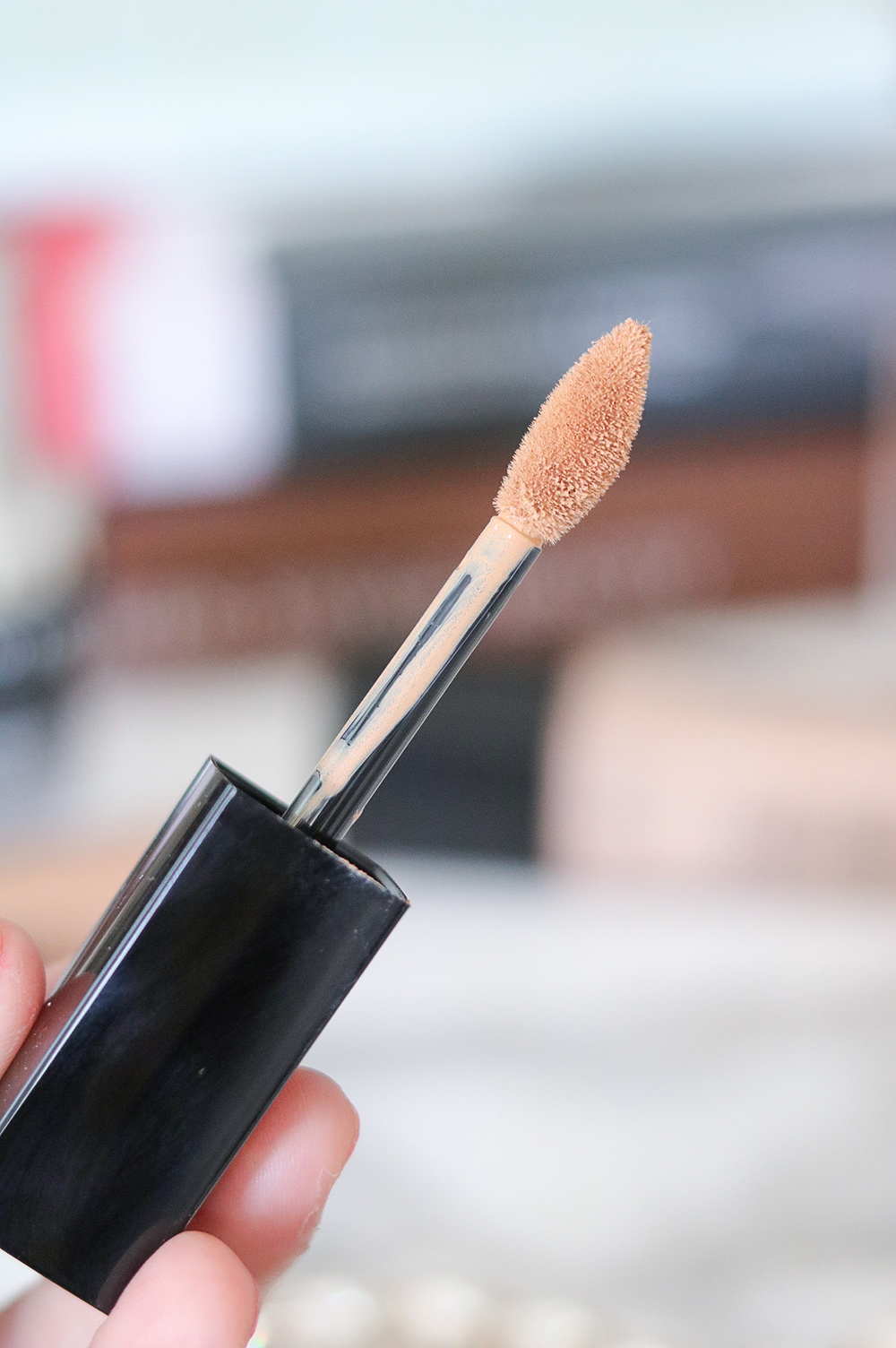 Lancome Teint Idole Ultra Wear Concealer Review I DreaminLace.com #beautyblog #makeupaddict