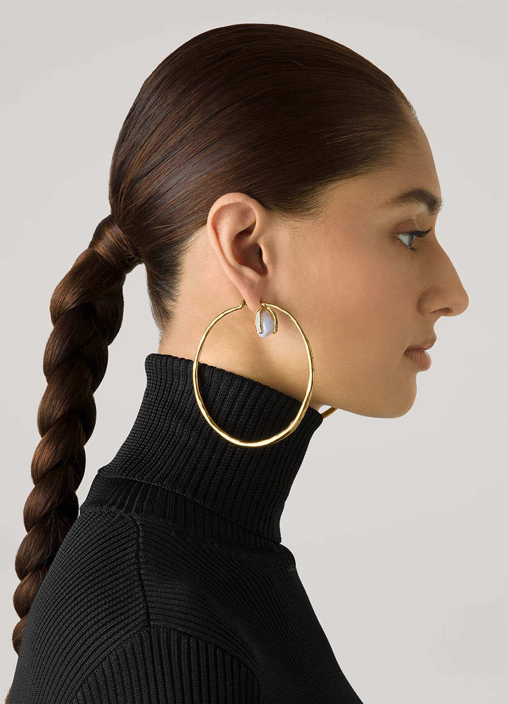 St John Fall 2021 Collection I Roman Hoop Earrings with Natural Stone #fashionstyle #jewelry