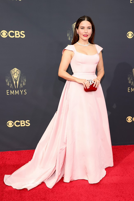Best 2021 Emmys Fashion Moments I Sophia Bush in Markarian NYC #fashionstyle