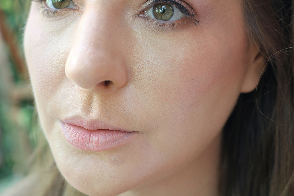 Valentino Very Valentino Foundation Review I DreaminLace.com #makeupaddict #beautyblog #Valentino