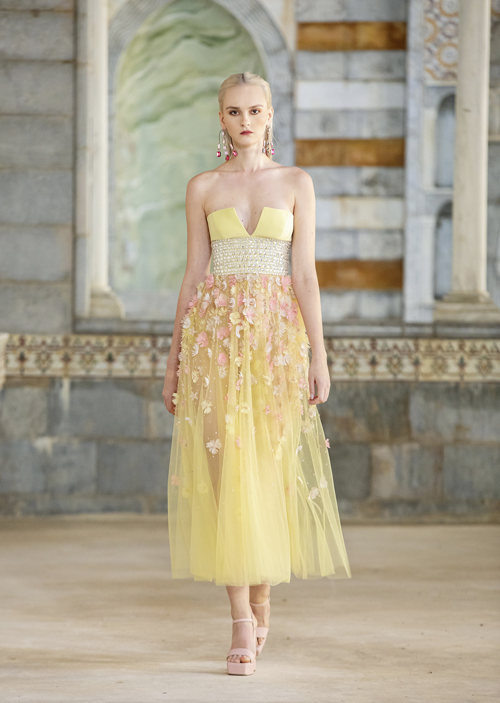 Princess Core Midi Dress with Floral Appliques from Georges Hobeika's SS22 ready-to-wear collection #fashionstyle