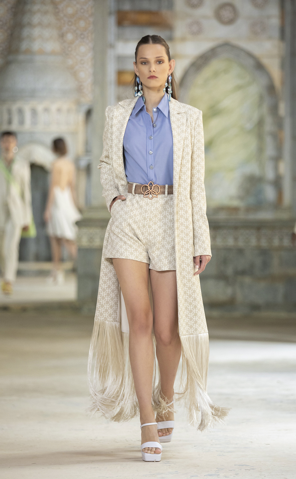 Cropped shorts and long blazer from Georges Hobeika's SS22 ready-to-wear Collection I DreaminLace.com #fashionstyle