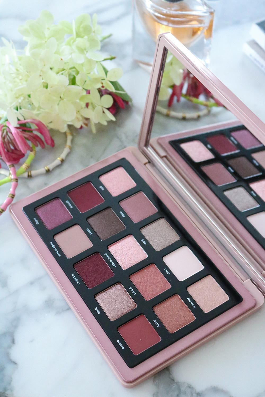 Natasha Denona Retro Eyeshadow Palette Review I DreaminLace.com #makeup #beautyblog